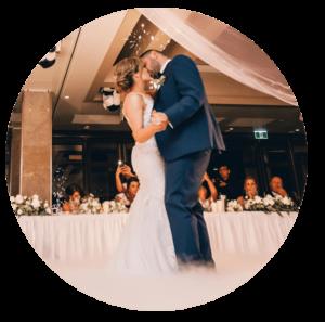 Pierwszy taniec na własnym weselu