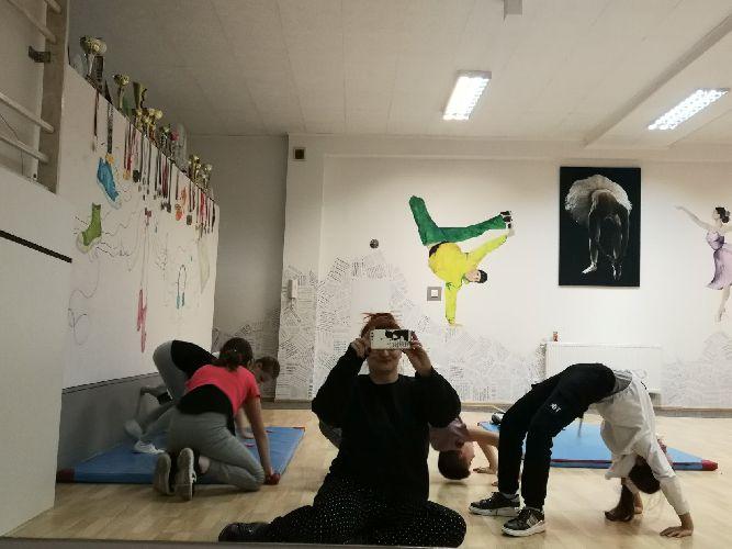 gimnastyka-artystyczna-dla-dzieci