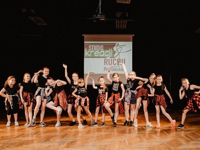zajęcia taneczne dla dzieci w wieku szkolnym Kalisz