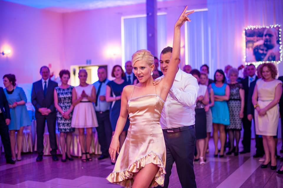 Dopasowujemy choreografię pierwszego tańca do temperamentu pary
