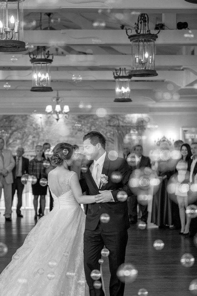 Niepowtarzalny pierwszy taniec weselny