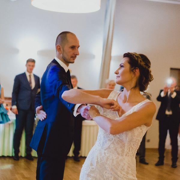 Pierwszy taniec Kamili i Tomasza